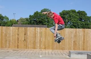 Tom Rollerblading